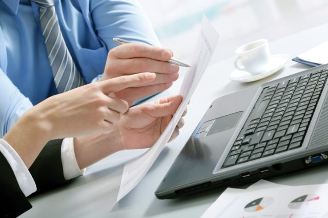 https://dirittoimmobiliare.org/wp-content/uploads/2020/07/Business-Hands-PC-640x427.jpg